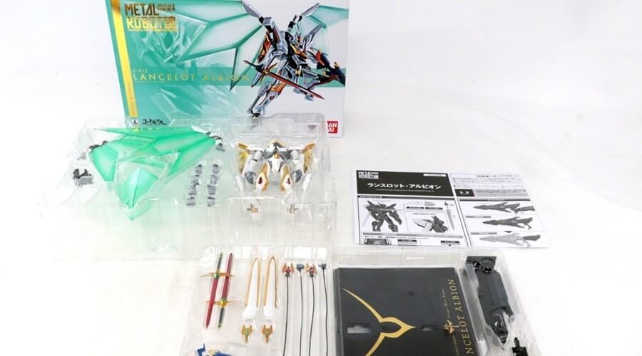 ロボット魂【コードギアス 反逆のルルーシュ ランスロット・アルビオン 超合金】をレビュー!